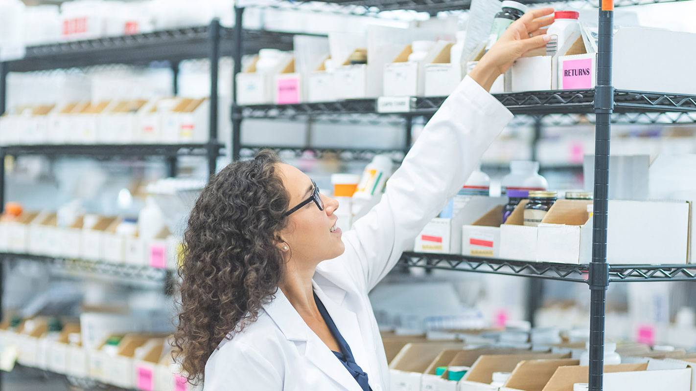 Healthcare - image PROMO-New_Drugs_Require_Strategic_Planning_for_Hospital_Pharmacies on https://jemili.com